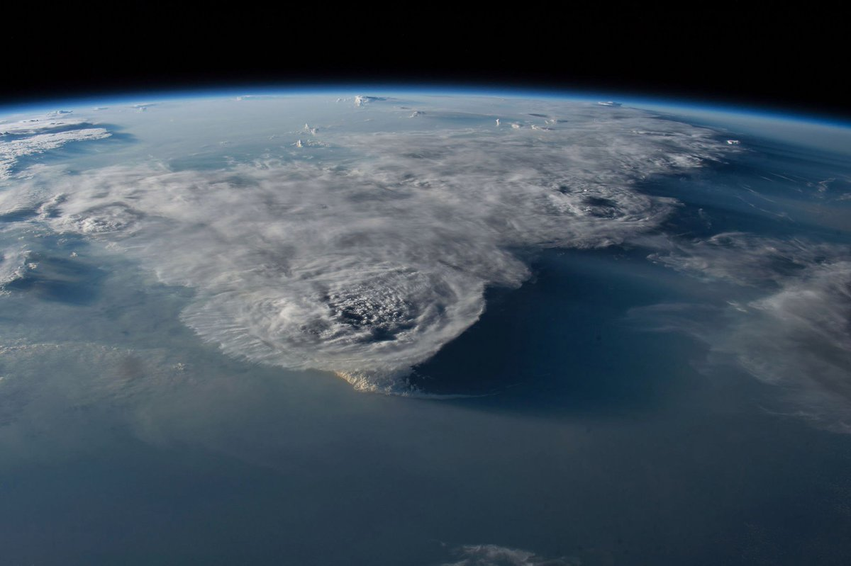Погода с космоса картинки