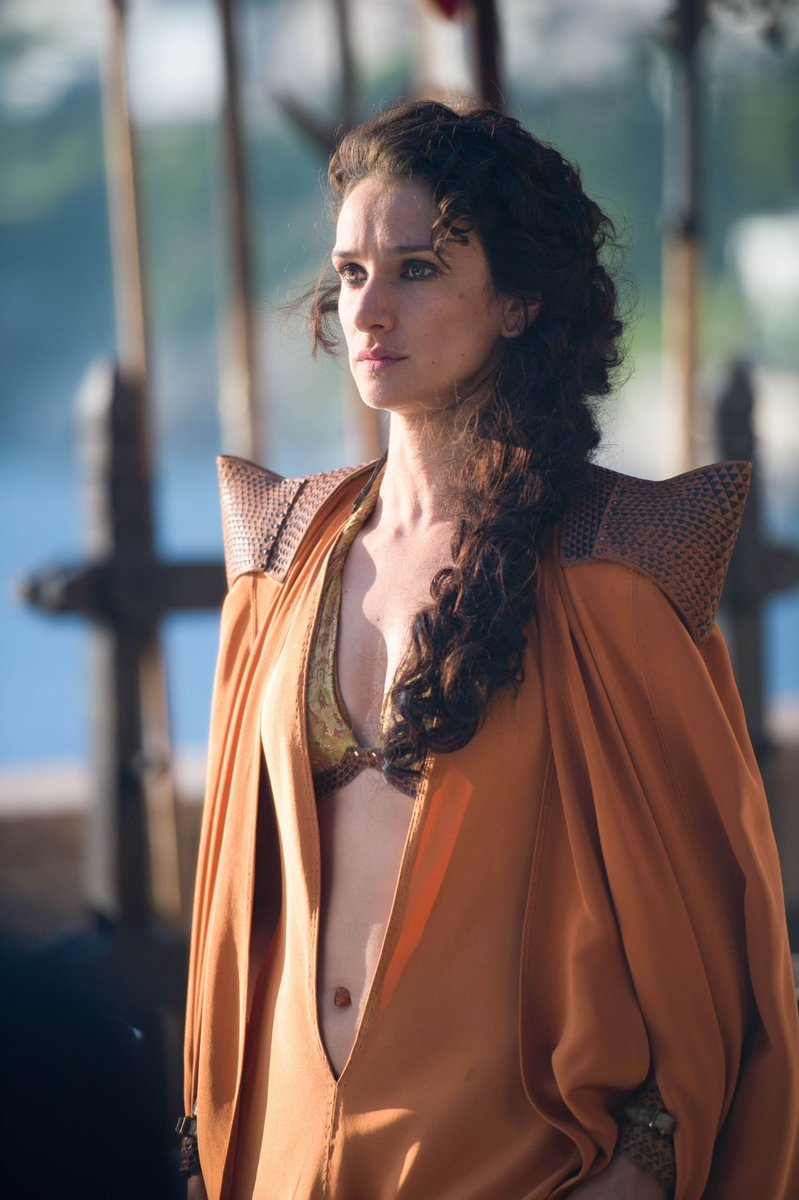 Zozo On Twitter Indira Varma Also Appears As Ellaria Sand In Game