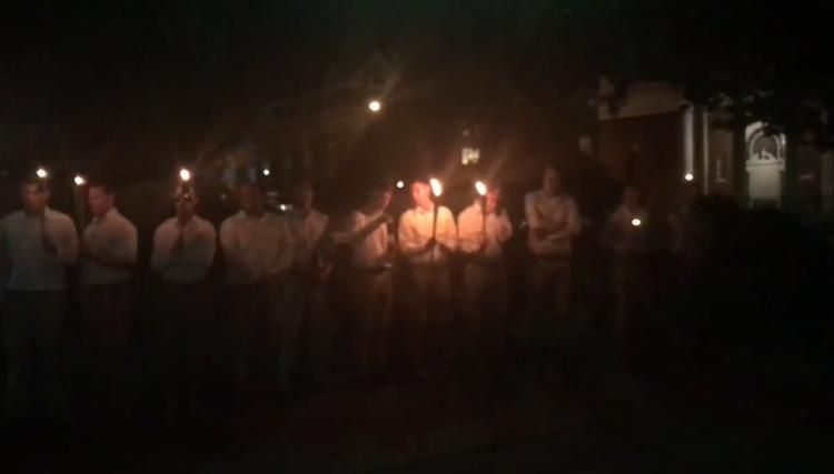 Tiki torch wielding white men in Charlottesville at Robert E. Lee statue again