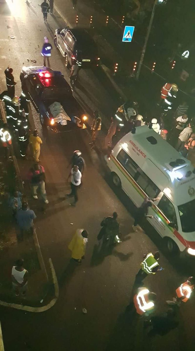 Dead bodies being moved from the scene. May their souls rest in peace #Joy997fm https://t.co/XVzHbEWMtq