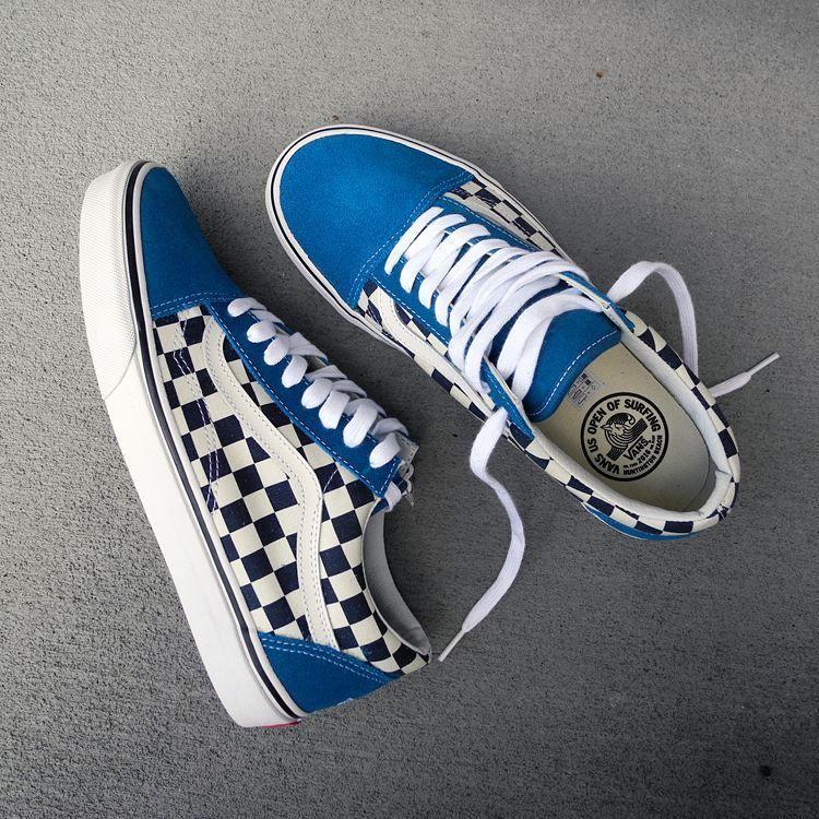 old skool checkerboard vans blue