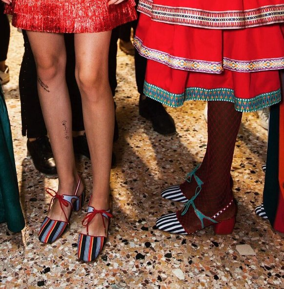 Some pieces from the latest collection of Italian-Haitian designer @StellaJeanLtd#blackfashiondesigners <br>http://pic.twitter.com/i3vBMN6AeJ