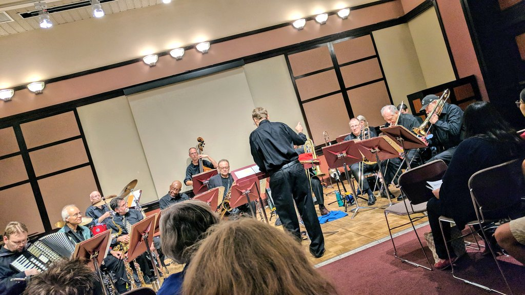 Mark Harvey and the Aardvark #Jazz #Orchestra take on #Trump - #music #concert #MIT #politics #protest #humor<br>http://pic.twitter.com/yc38MEFO35 &ndash; à MIT Elizabeth Parks Killian Hall (14W-111)