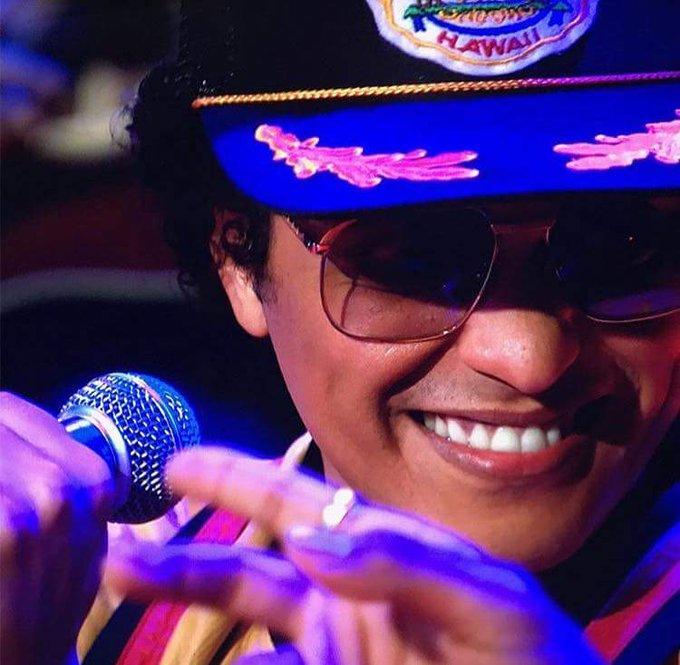 Happy birthday Bruno Mars....