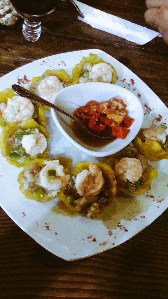 La mejor comida es sin duda la ecuatoriana #Ecuador #EcuadorianThings #camarón #saturdaynight