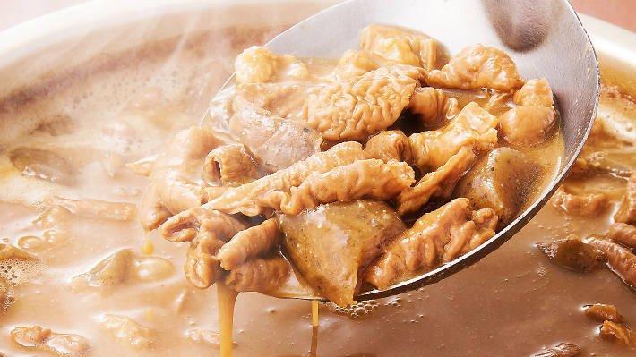 肉食になる。『新宿名店横丁』は2017年10月2日オープン。