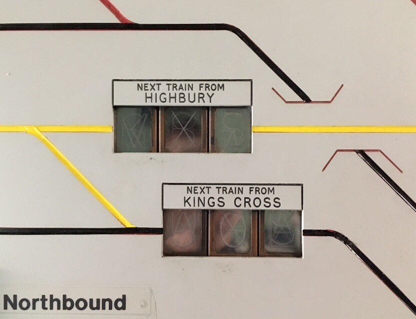 DLnZYphX0AEFfzB - The Victoria Line's really big 50th birthday! #3