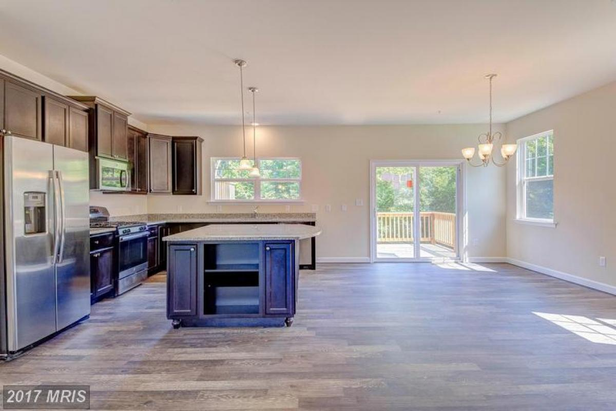 Create new memories in this beautiful home.  #homesforsale   http:// cpix.me/l/32285673  &nbsp;  <br>http://pic.twitter.com/xNKHhTj3hR