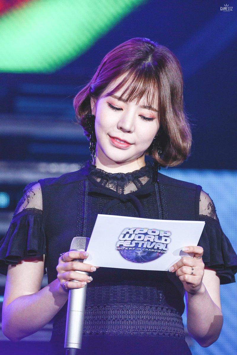 [HD] 170929 Sunny @Sunnyday515 at Kpop World Festival   Link &gt;&gt;  https:// flic.kr/s/aHsm5kHvTR  &nbsp;   #SNSD #소녀시대 #Sunny #써니<br>http://pic.twitter.com/nnvsPf0PYF
