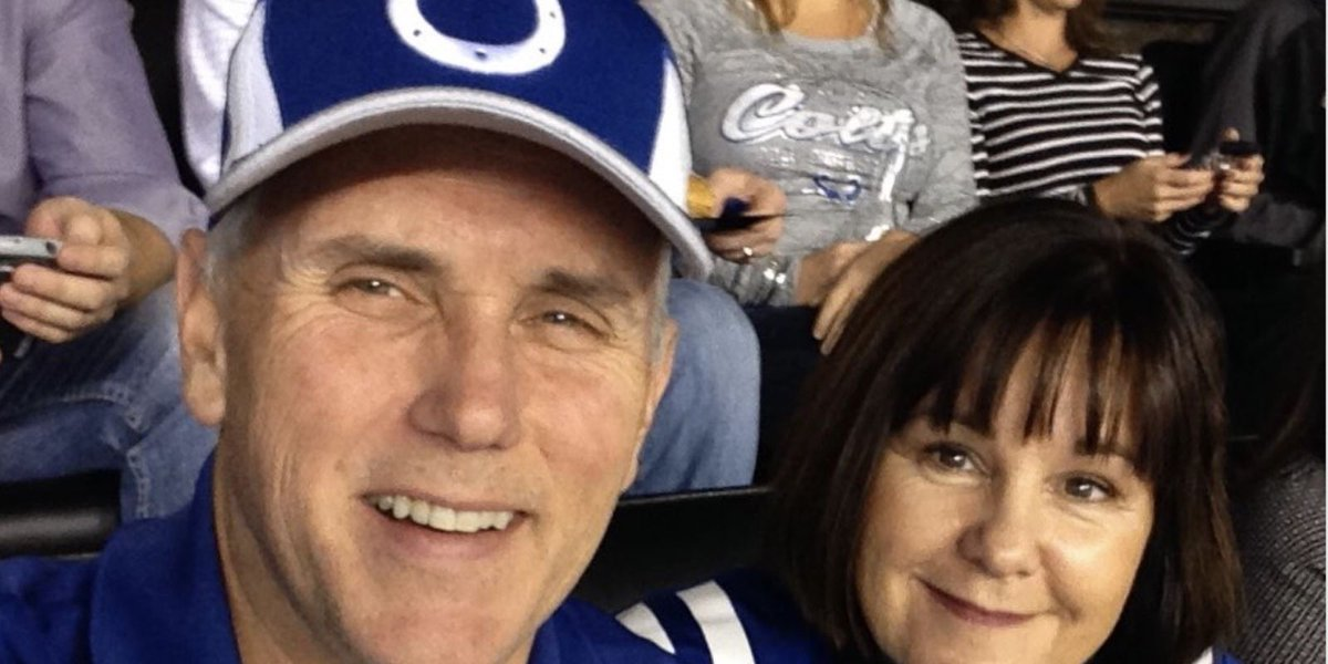 Vice President Mike Pence tweets same picture from Colts game that he tweeted in 2014 https://t.co/7WGk2TgPqa