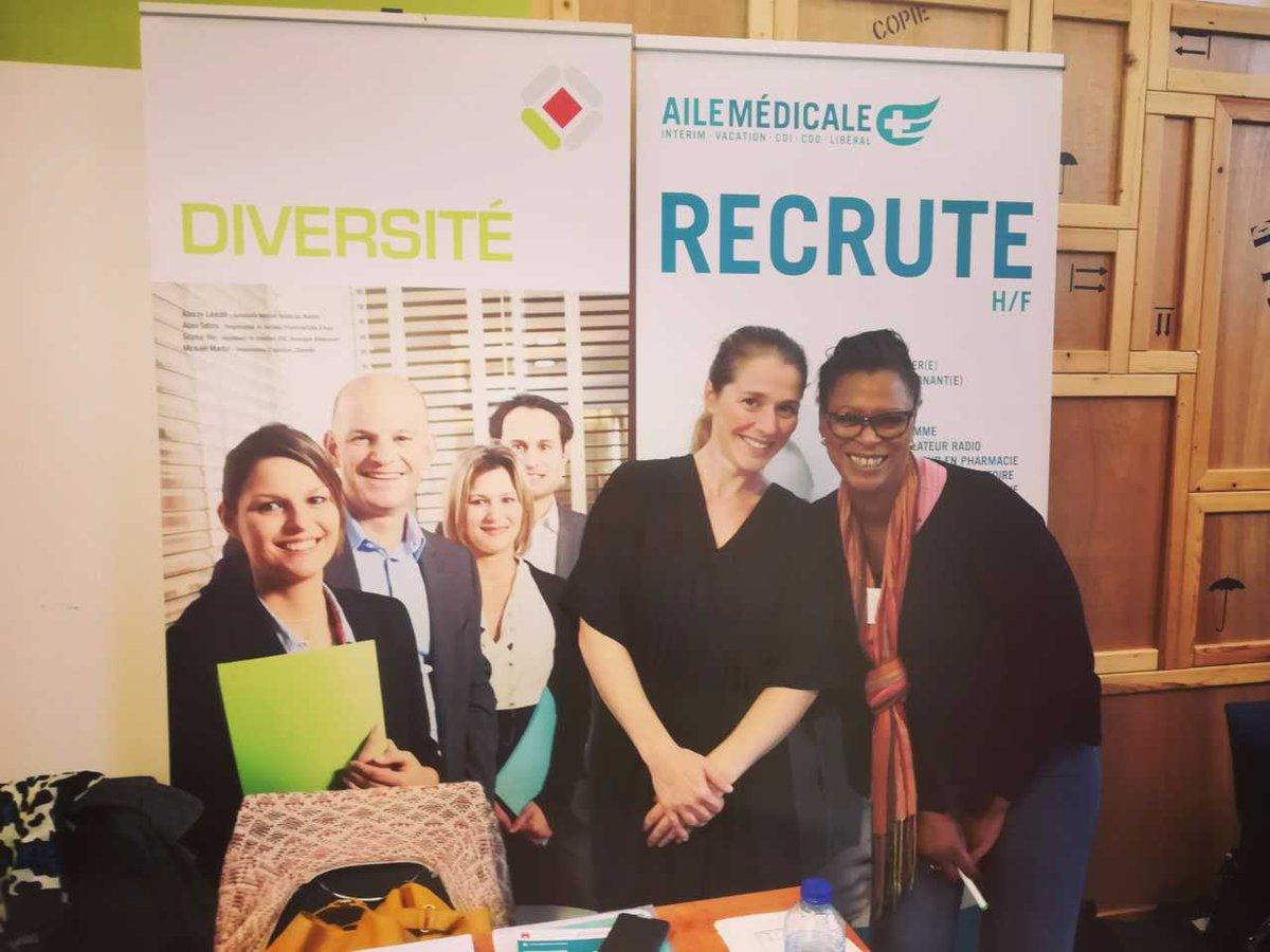Les équipes Aile Médicale et Synergie lors du job dating Force Femmes d'octobre 2017