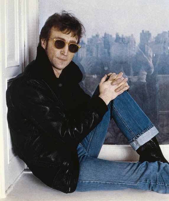 John Lennon - 9 October 1940 - 8 December 1980. Today would be 77 years,   happy birthday wherever you are.