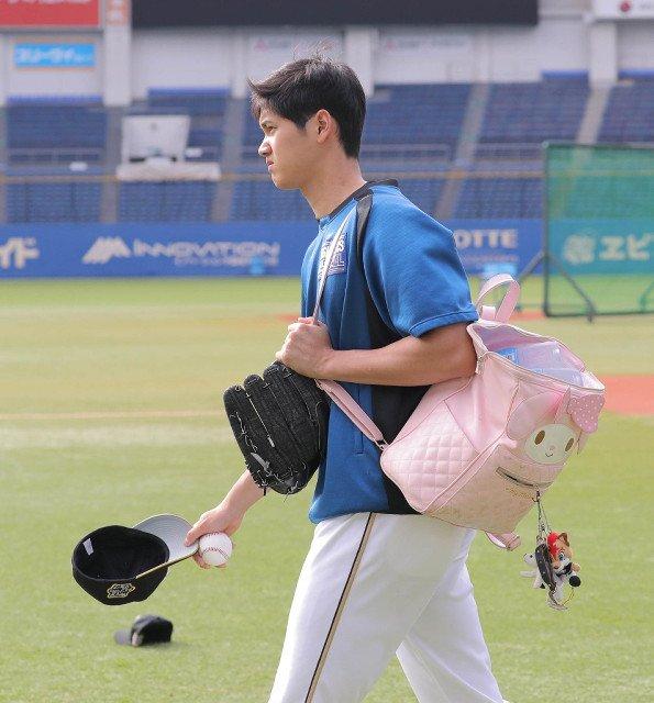 【日本ハム】大谷、日本ラスト試合強行出場へ  https://t.co/PXs6KychJc #野球 #スポーツ新聞