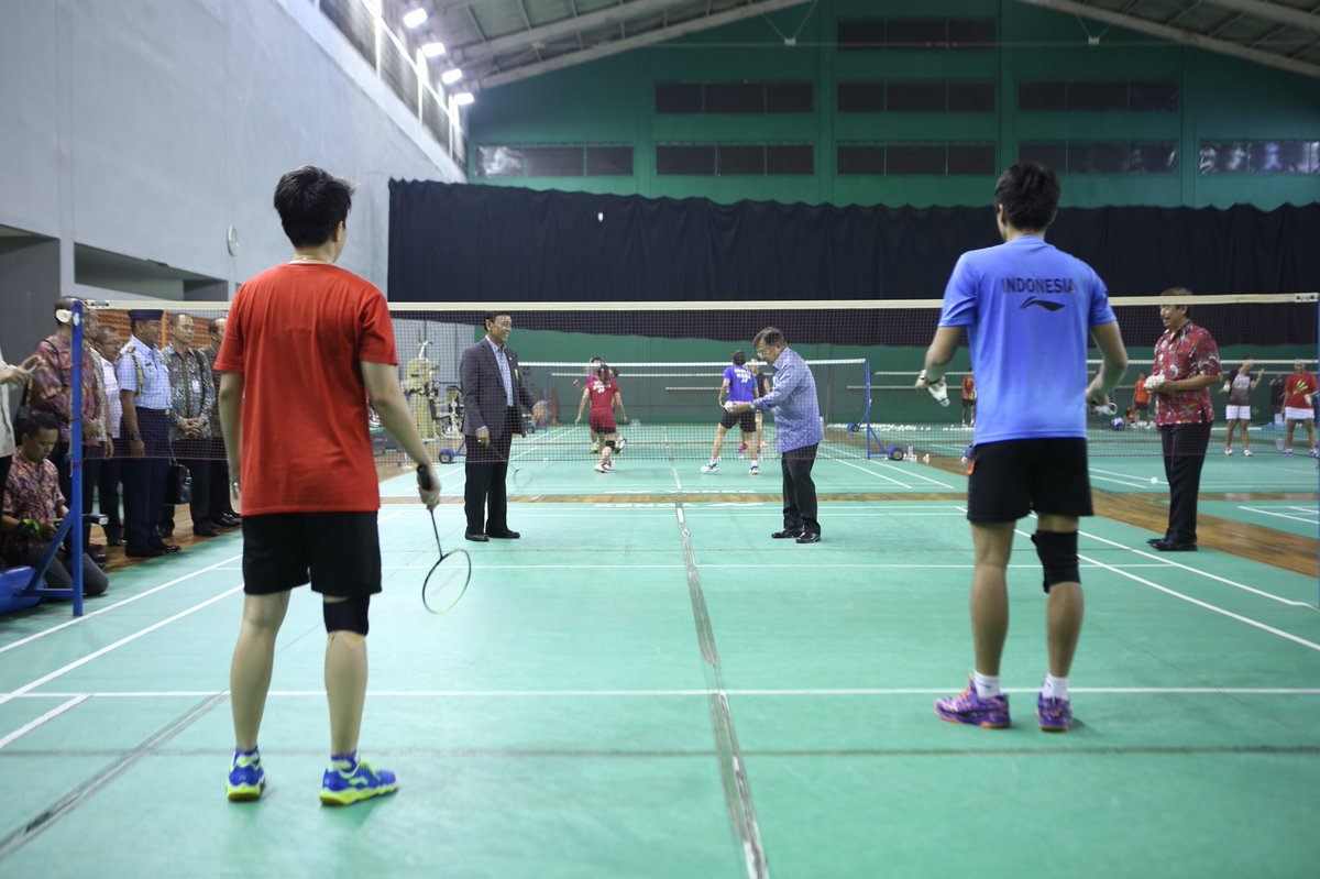 Asian Games  On Twitter Can You Guess Who Will Win This Badminton Match These Top Badminton Athletes Or Pak_jk Asiangames