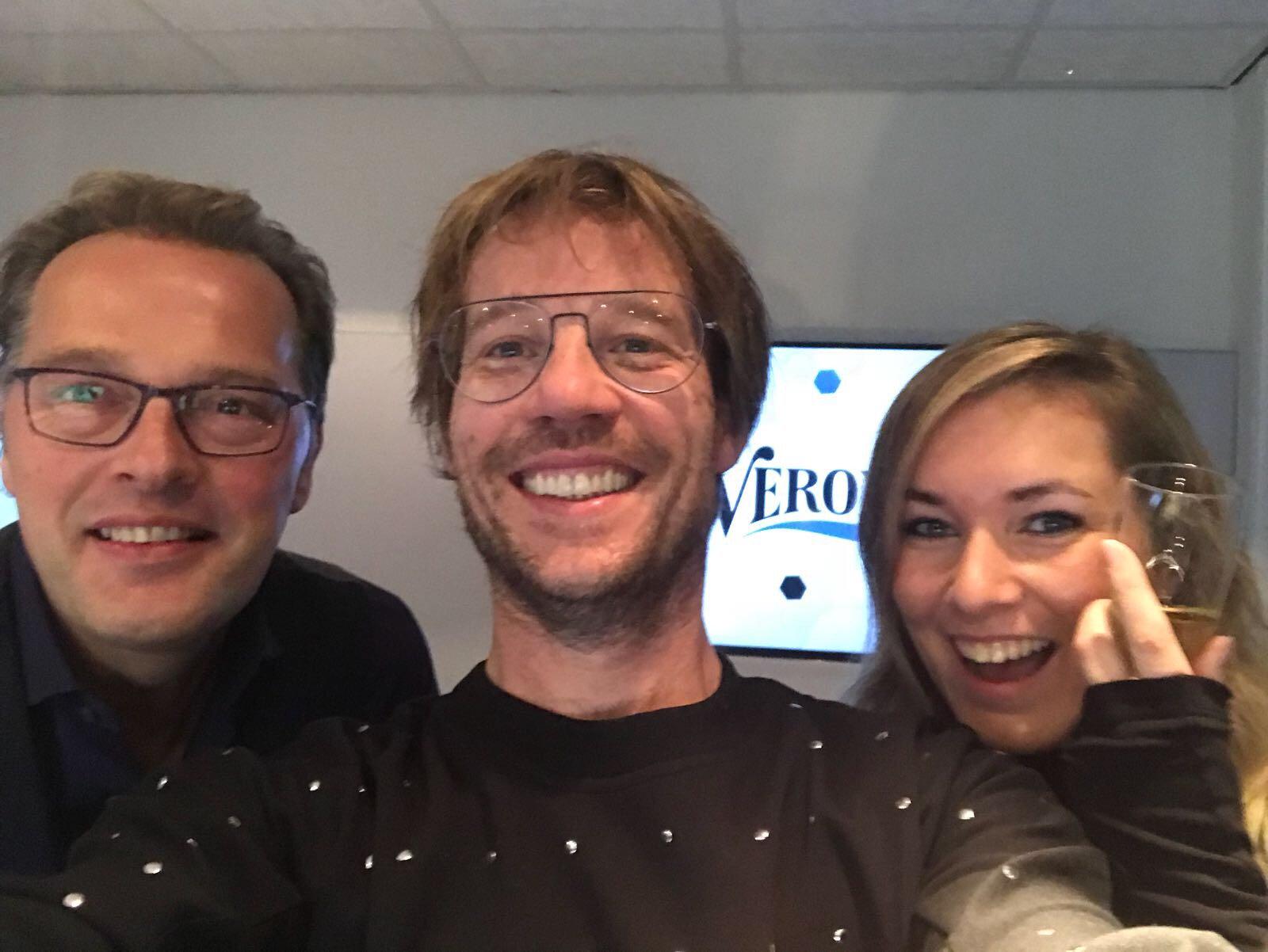 Giel Beelen On Twitter Het Nieuwe Radioveronica Ochtendshow Team Is Los Met Vandaag Al Meteen Kensingtonband Te Gast Wie Is Erbij