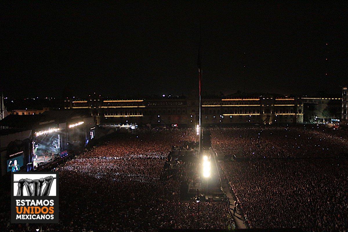 Miles de almas, de corazones mexicanos, que siguen apoyando, que no se detendrán nunca. #EstamosUnidosMexicanos https://t.co/oluh1L1HAL