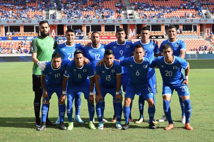 8-10-2017 - Amistoso El Salvador 1 Canada 0. DLqeNzXU8AAknCK