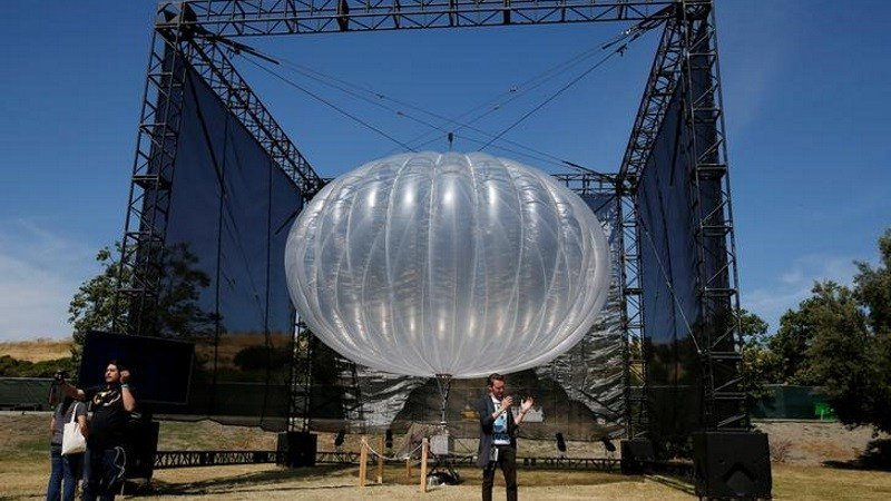 #Google&#39;s #Project #Loon to Help #Restore #Wireless #Services in #Puerto #Rico #Googles Recent News  http:// newsdoses.com/11320/googles- project-loon-to-help-restore-wireless-services-in-puerto-rico/ &nbsp; … <br>http://pic.twitter.com/cbiVsNibFH