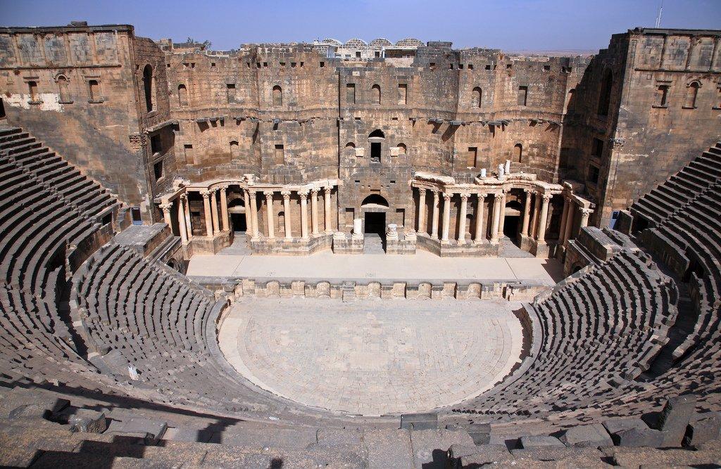 песды картинки по античному театру зря, ведь