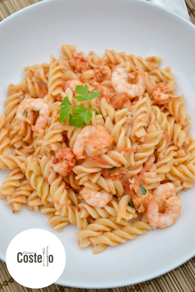 Super speedy yet tasty mid weekday meal idea: Low Fat Spicy Seafood Pasta https://t.co/110EllbLzs https://t.co/XXUqwYX193