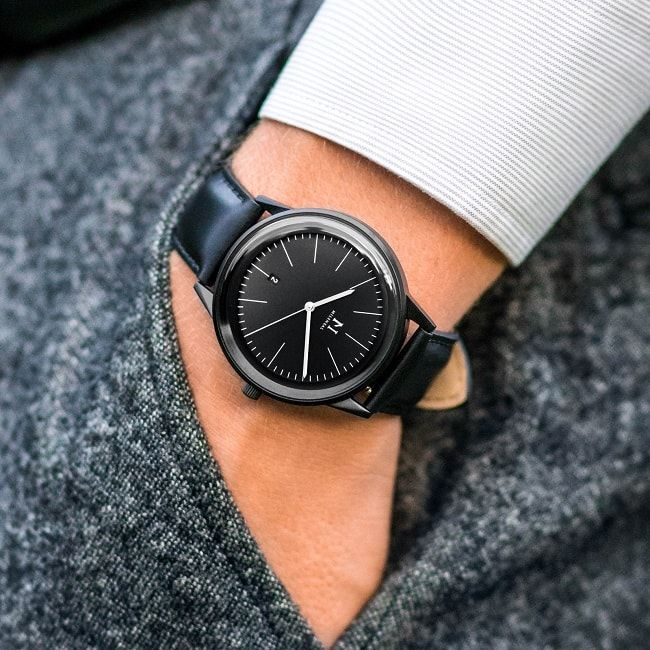 RT @GoldenGiftGuide: Watches Made For The Young Working Class Men #menstyle #Watch  https://t.co/etTMlRQna7 https://t.co/CdVoCBLWcA