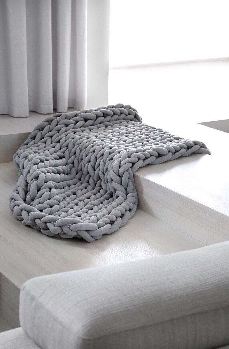 Ohhio On Twitter Turn Your Favorite Chunky Braid Blanket Into Throw Rug