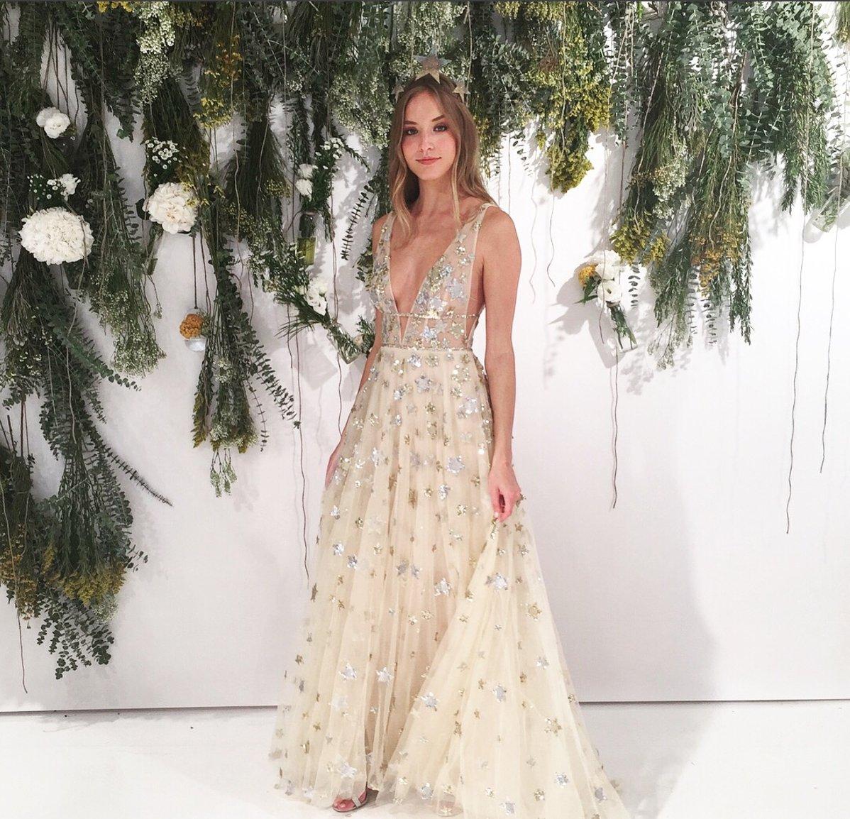 The best of Saturday comin' atcha! #nybfw #bridalfashionweek #bridalmarket #bridalgown #bridalfashion #bridesofaustin #austinbride #txbride https://t.co/8wCsI1JJre