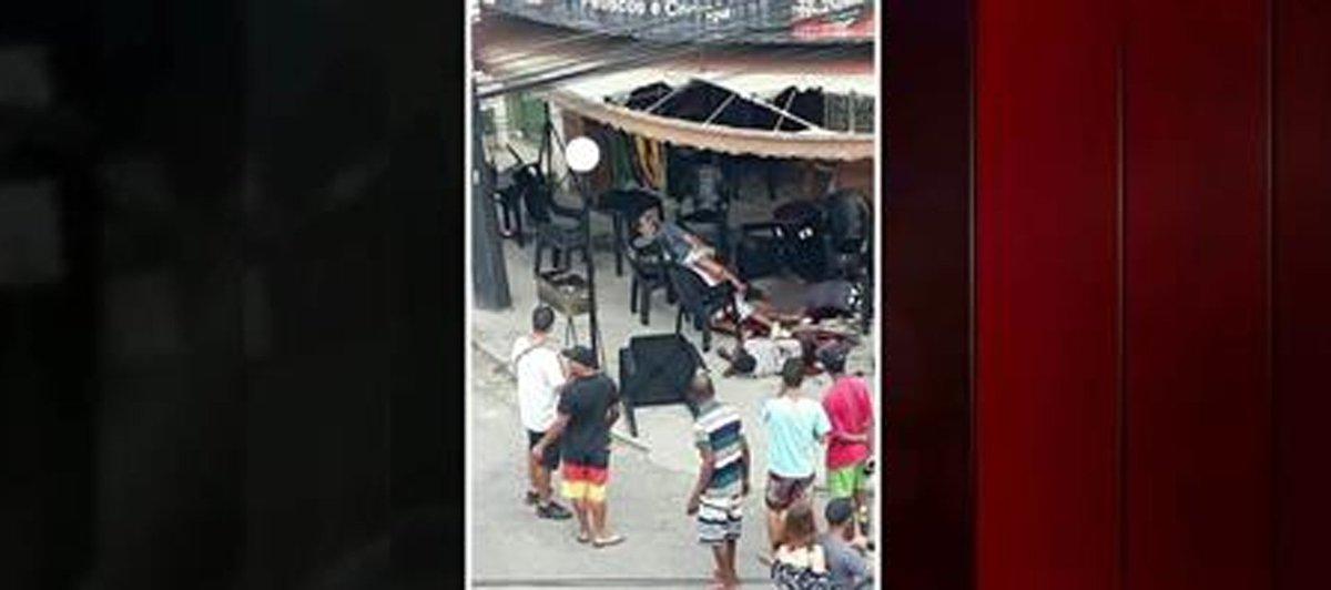 Polícia investiga se 'banho de sangue' em Queimados foi motivado por represália a Parada Gay https://t.co/0hLt4ElDjQ #G1Rio