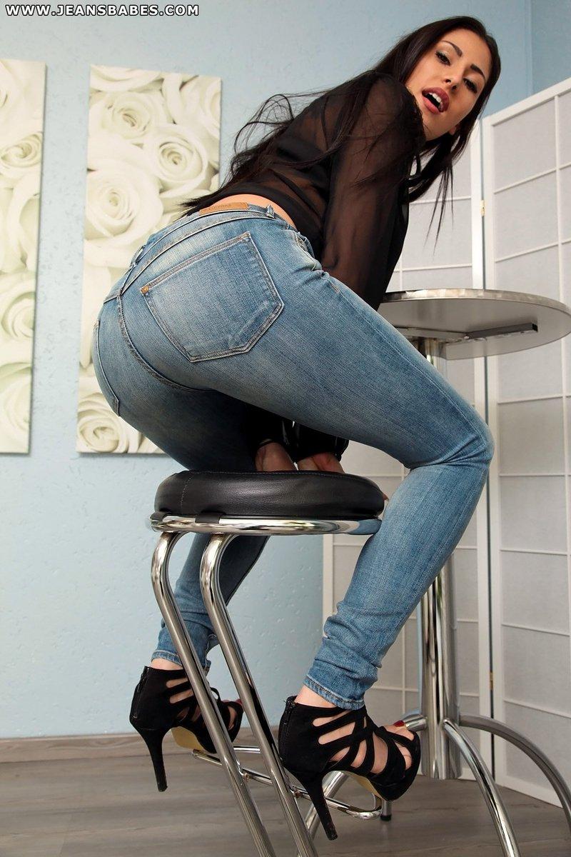 Watch free aylin aysun ass worship amp jeans fetish webcam porn photo