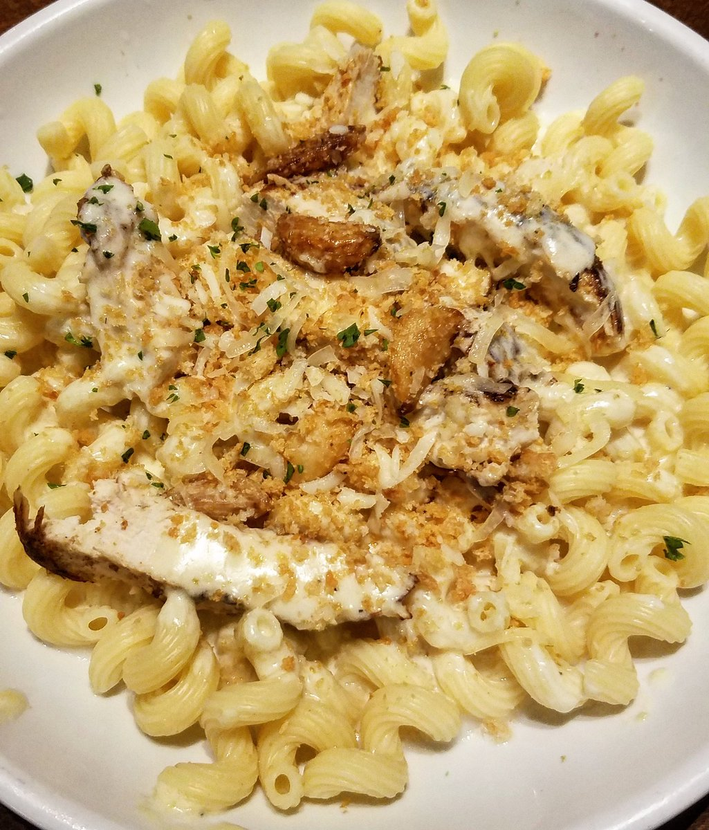 "Ͻ""ake Ͻ Ͻ'ite Ͻï½‹ On Twitter We Found Our Favorite Neverendingpastabowl Combination Cavatappi W Asiago Garlic Alfredo Gr Chicken So Good Pastapass Olivegarden Https T Co Upakm9cwl0"