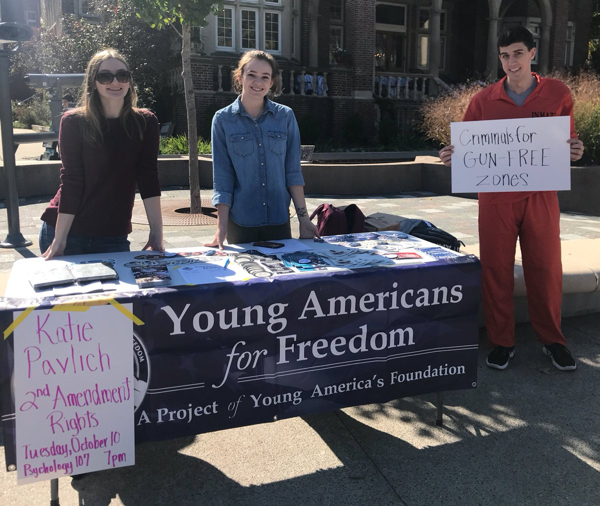 #RT @yaf: RT @itsSpencerBrown: This is the most #totalYAFmove I've seen in awhile. Well done, @WisconsinYAF. #Crim… <br>http://pic.twitter.com/Y0VZKOMsjx