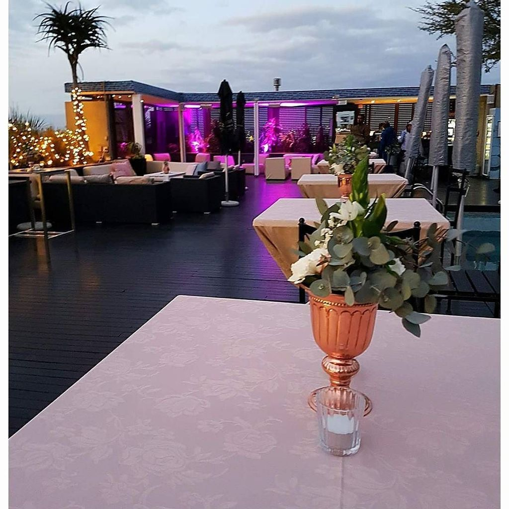 Zenith Sky Bar & Pool Deck -  Rooftop Bar  - Cape Town Bars
