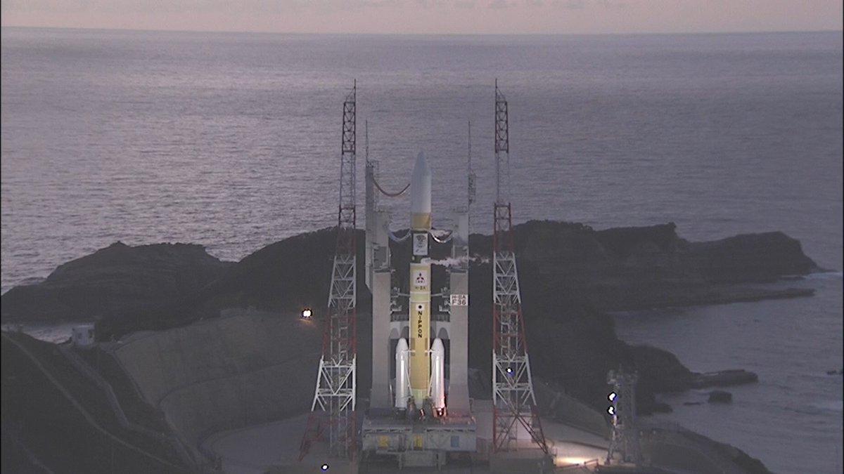打ち上げ約1時間前の「みちびき4号機」を搭載したH-IIAロケット36号機です。  打ち上げライブ中継は6時45分からです。  youtube.com/watch?v=JCOtOV…