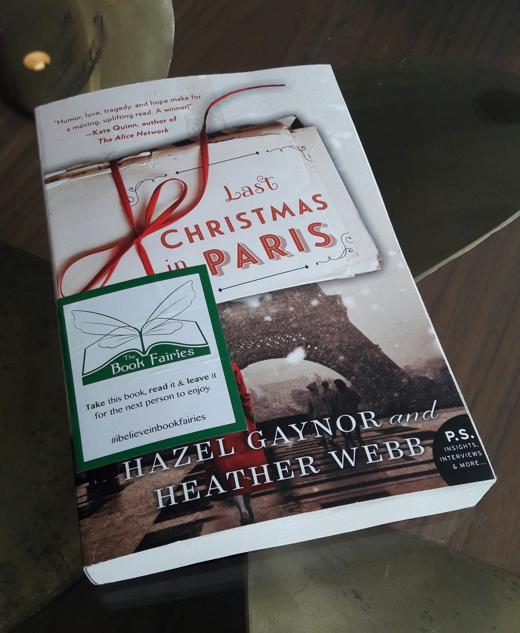 Last Christmas In Paris Book.Hazel Gaynor On Twitter Last Christmas In Paris Waiting