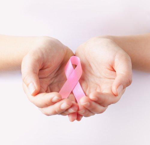 #BlogDaSaúde | Você tem dúvidas sobre o câncer de mama? Tire-as neste FAQ https://t.co/87TRANc6j9 #OutubroRosa