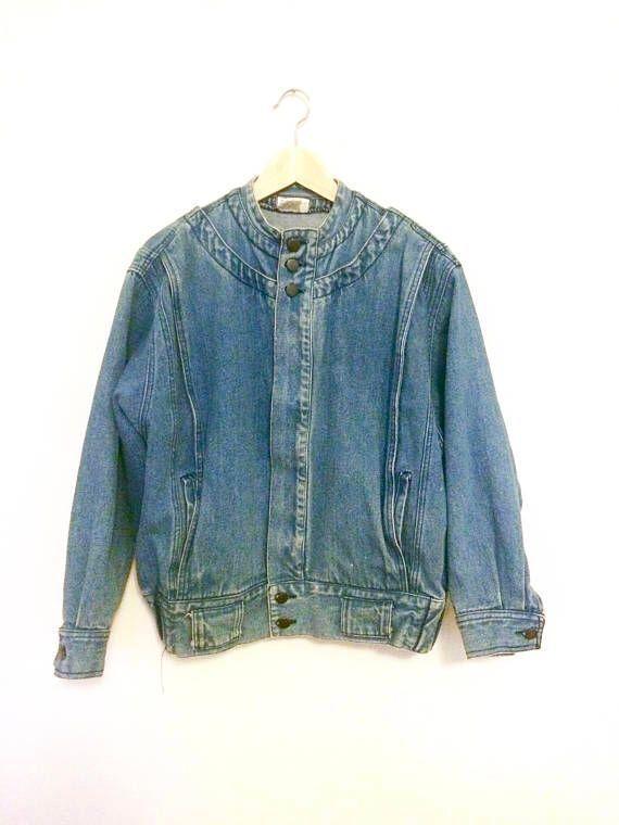 Vintage Ann Taylor Jean Jacket 80s 90s Denim Womens Medium  https:// buff.ly/2y4z9fd  &nbsp;   #womensfashion #vintagefashion #womenswear <br>http://pic.twitter.com/INFtPeDnEm