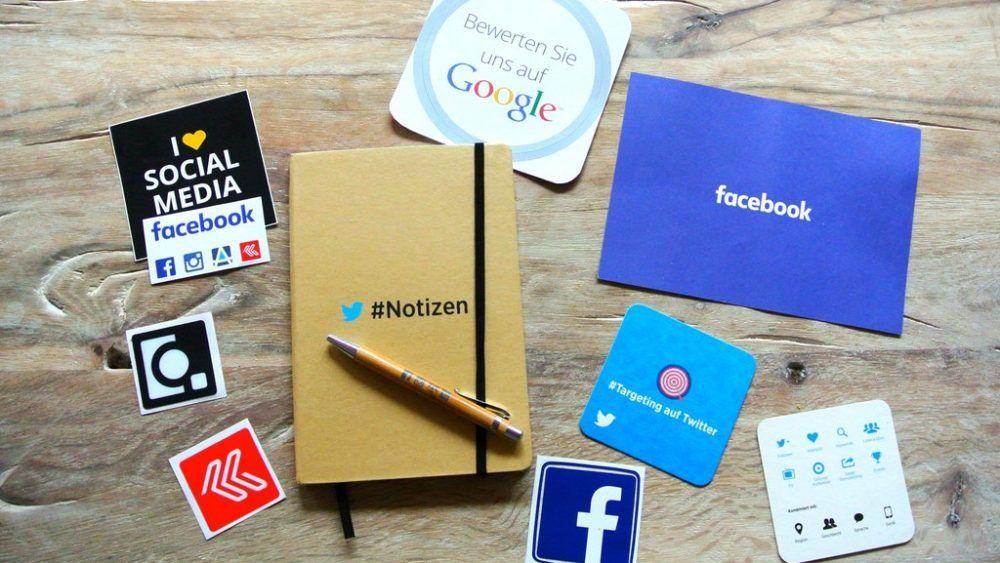 设计师怎么通过社交媒体获取新客户?自由职业设计师,至少有1/4花在市场推广上,设计媒体是适合长期维护的推广渠道 #自由职业者 #设计进阶// How to Use Social Media to Get Design Clients https://t.co/LuKuDE78BA https://t.co/ZUuepV2Mle 1