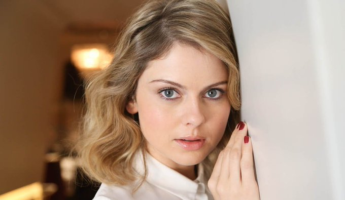 Happy Birthday to the super-talented and currently undead Rose McIver!! <3