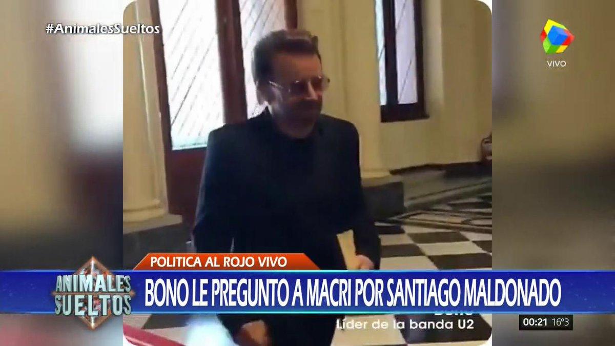 #AnimalesSueltos  Bono le preguntó a Macri por Santiago Maldonado http...
