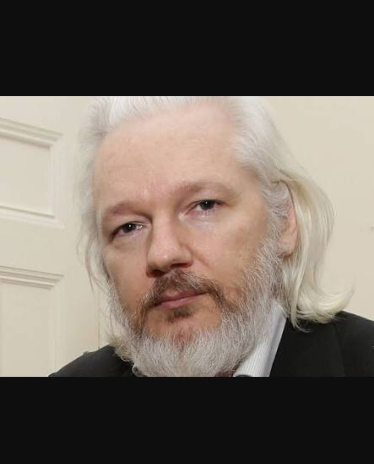 For some reason the name  #Julian Assange rings a bell when the words sexual predator is mentioned. <br>http://pic.twitter.com/5hl50FcqVY