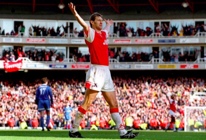 Happy 51st Birthday to Tony Adams.  How many better CBs has the Premier League seen?