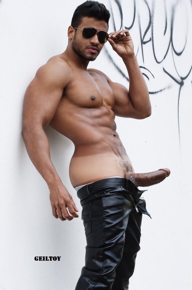 Desi hunks in the nude