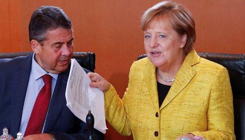 Sigmar Gabriel: Germany is ready to increase pressure on Iran  http:// goo.gl/oDaUxb  &nbsp;   #longweekend #HelloSeptember #kohlanta #AFCKOE #klartext #WINS17 #EnvoyeSpecial <br>http://pic.twitter.com/S6W5uO3r9K