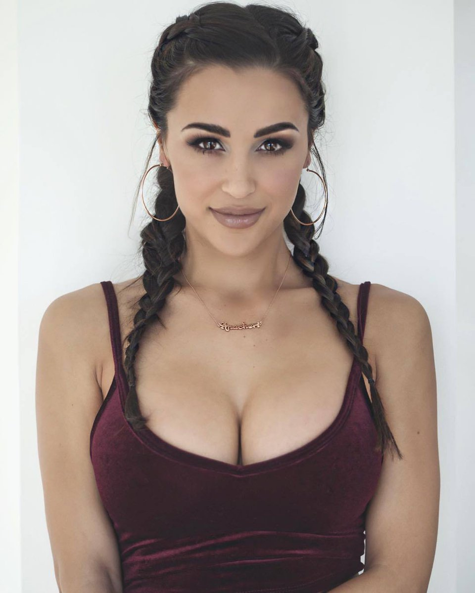 Ana Cheri Hot Nude Photos 11