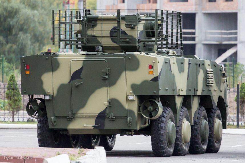 ناقلة الأفراد المدرعة BTR-4 MV1 الاوكرانيه DLwheOJXUAA8C2o