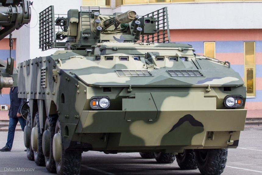 ناقلة الأفراد المدرعة BTR-4 MV1 الاوكرانيه DLwheOMX0AAerdX