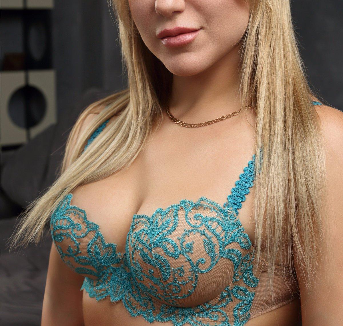 amazing big ass matures pictures