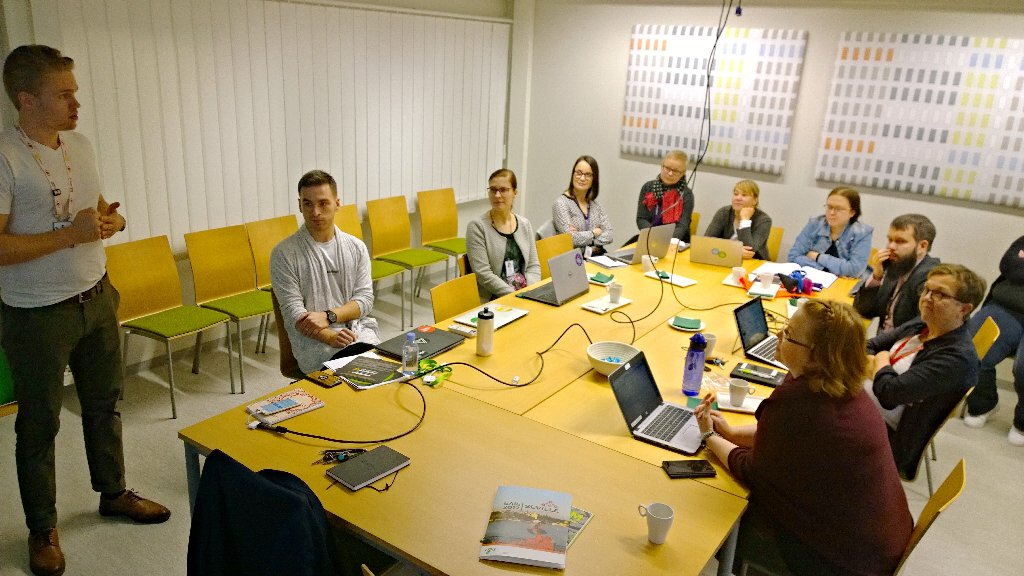 Our 1st post- #EAIE2017 session of sharing and caring with the #unioulu #arcticattitude community <br>http://pic.twitter.com/fN0BIObSEa