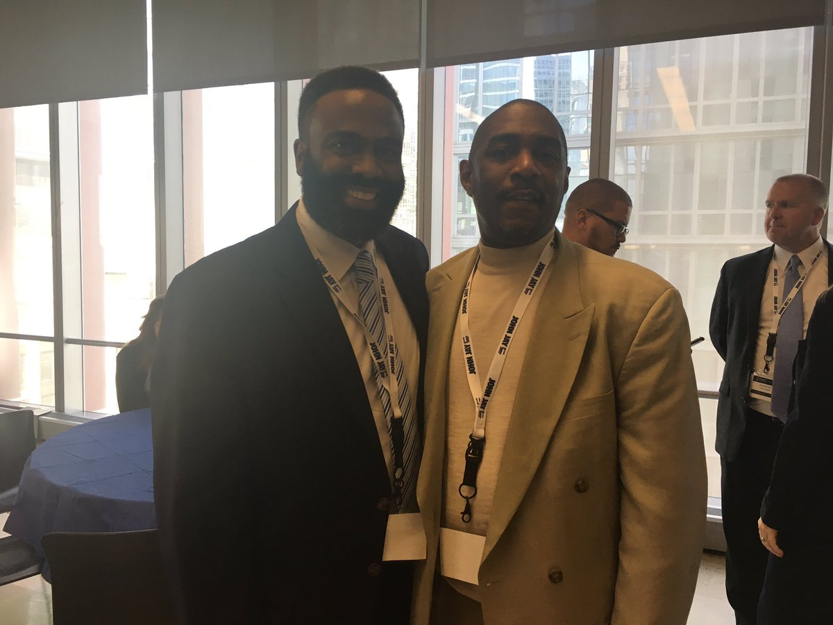 2 great minds behind changing image &amp; language of Returning Citizens! Daryl Atkins &amp; Dr. Divine Pryor! Honored to know! #CJ #smartoncrime<br>http://pic.twitter.com/gM1kZ46wOl