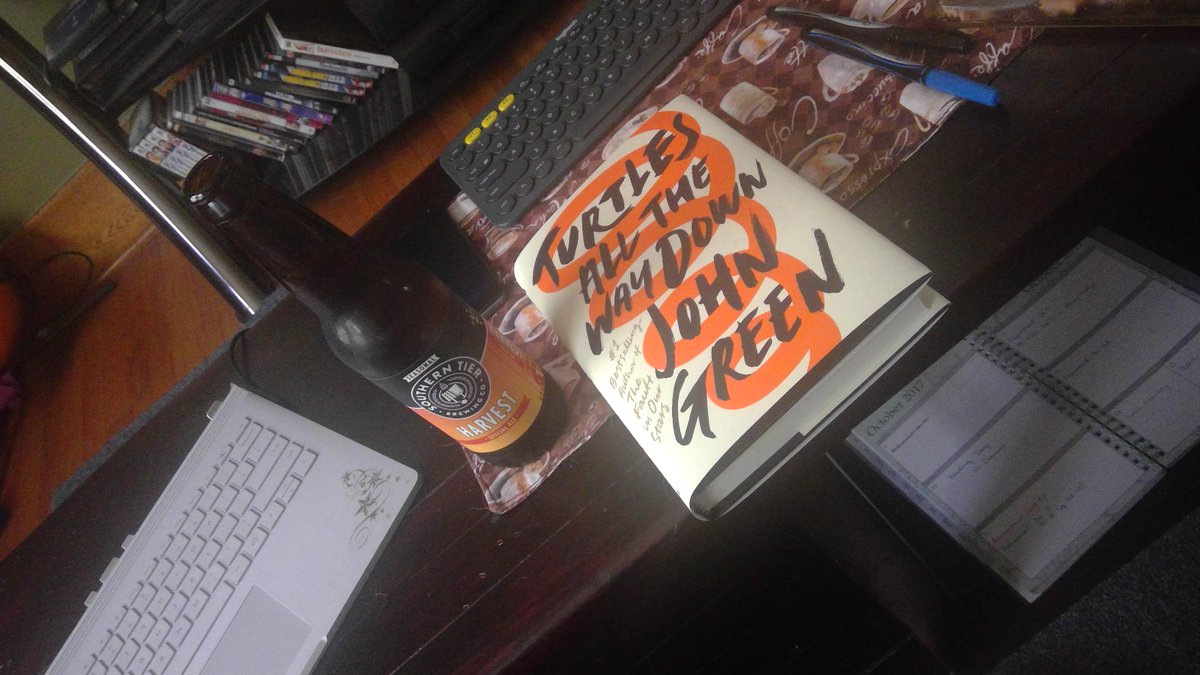 my kind of #ReadingDay !  #TurtlesAllTheWayDown by @johngreen and a Harvest Beer from @stbcbeer    #bookworm #studybreak<br>http://pic.twitter.com/wKnMmo5K3l